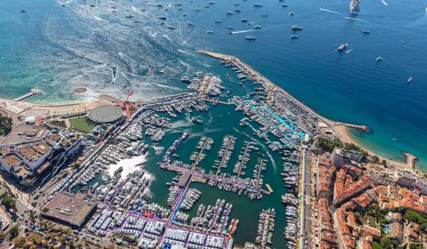 Yachting Festival Cannes - Vieux Port